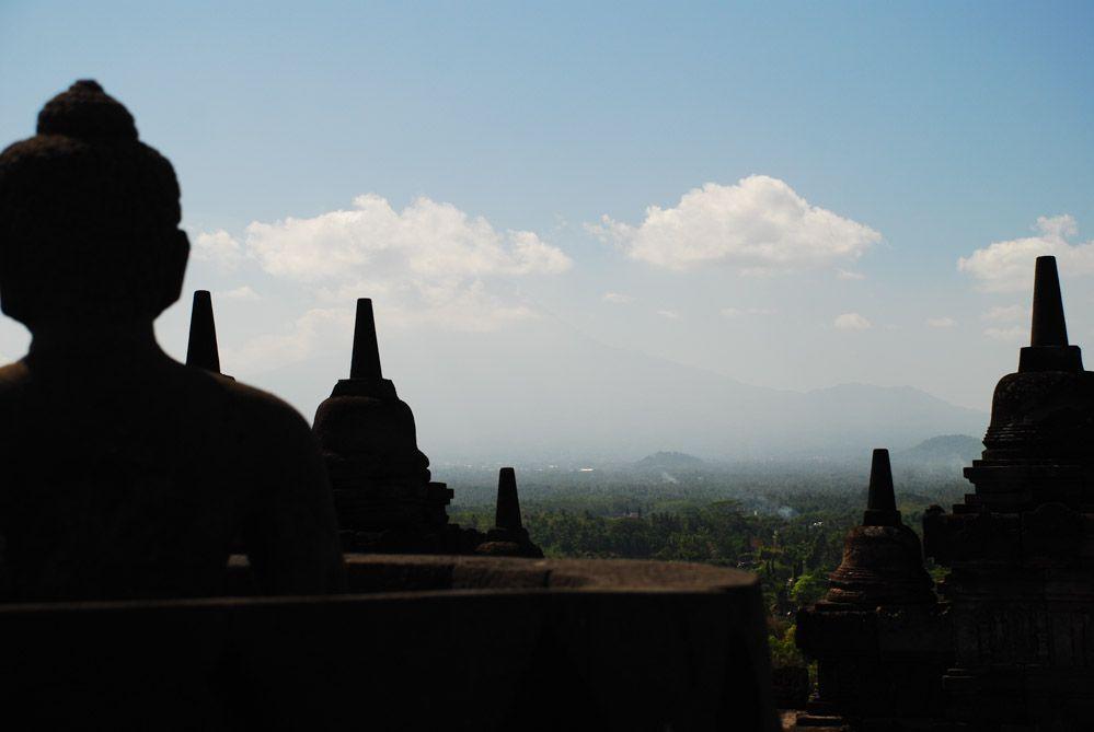 El-templo-budista-de-Borobudur-qué-ver-en-Java