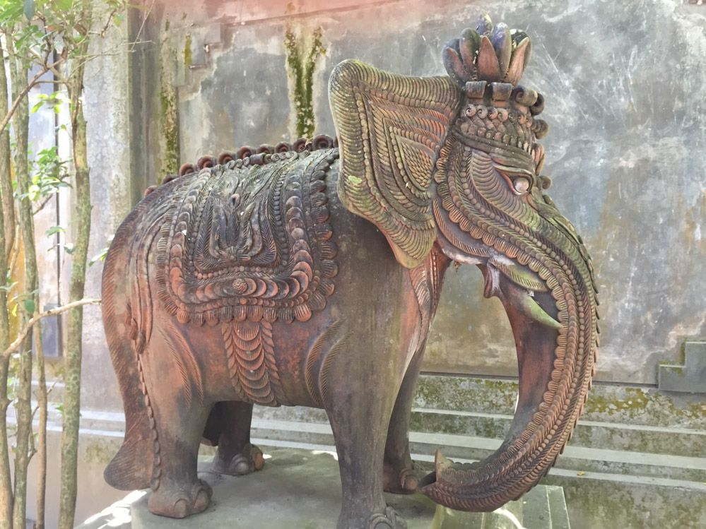 elefante-Candi-Mendut