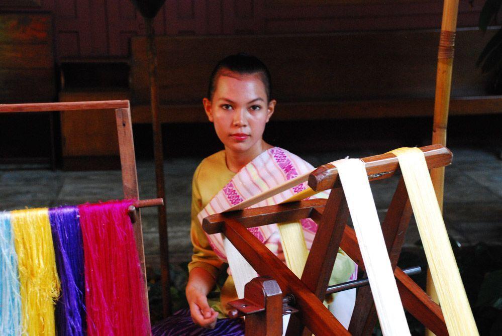 bangkok-tours-casa-museo-de-la-seda