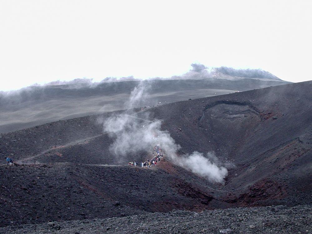 cráter-volcán-Etna