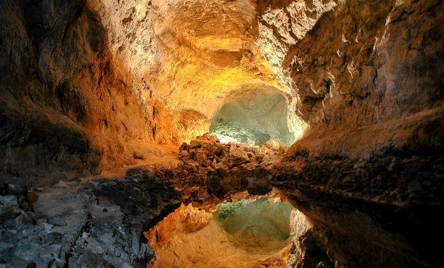 La cueva de Los Verdes en Lanzarote: el túnel de la Atlántida