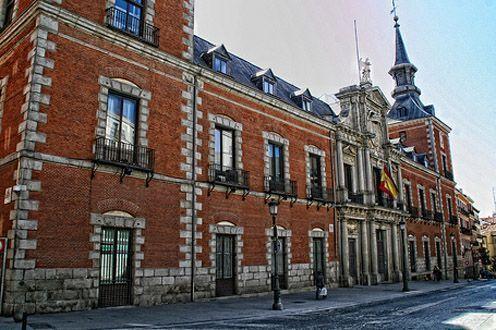 Los fantasmas de madrid un tour por el viejo madrid y sus for Direccion ministerio del interior madrid