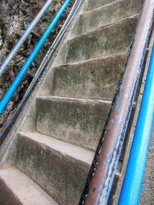 escaleras-templo-del-tigre