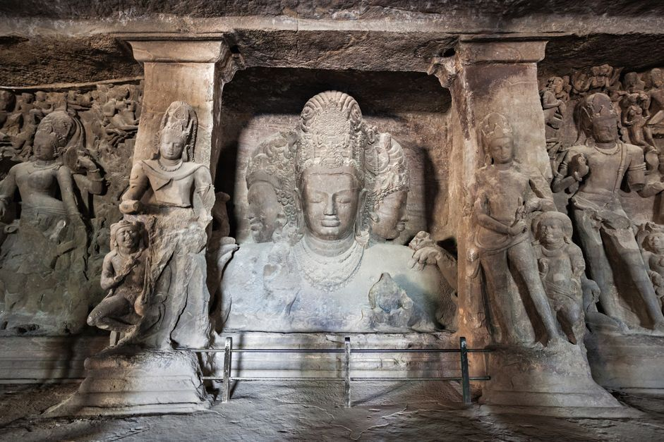 cuevas-India-Bombay