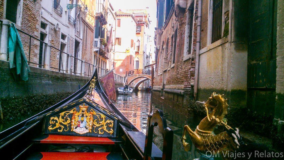 Venecia-paseo-en-góndola