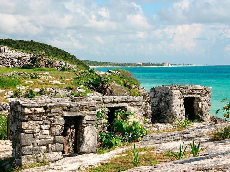 las-mejores-excursiones-de-la-Riviera-Maya-ruinas-Tulum