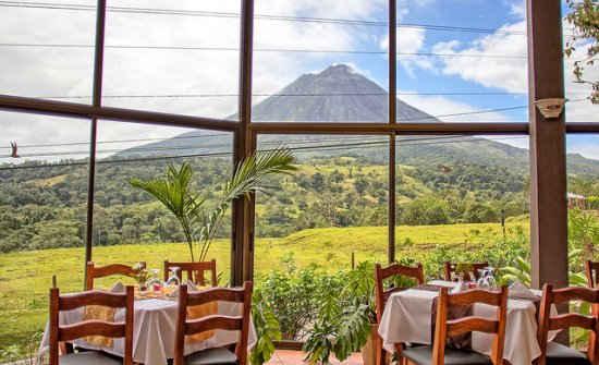 Motaña-de-fuego-resort-en-Costa-Rica