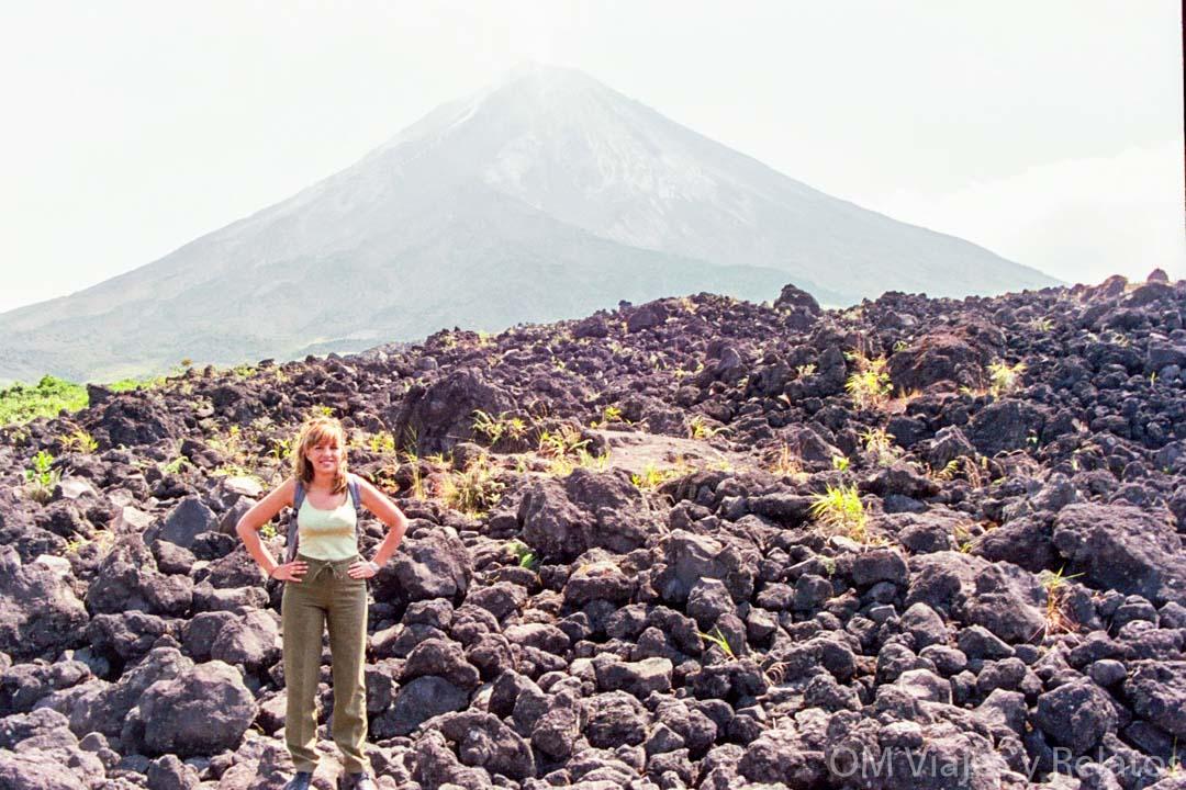 Volcán-Arenal-coladas-de-Lava