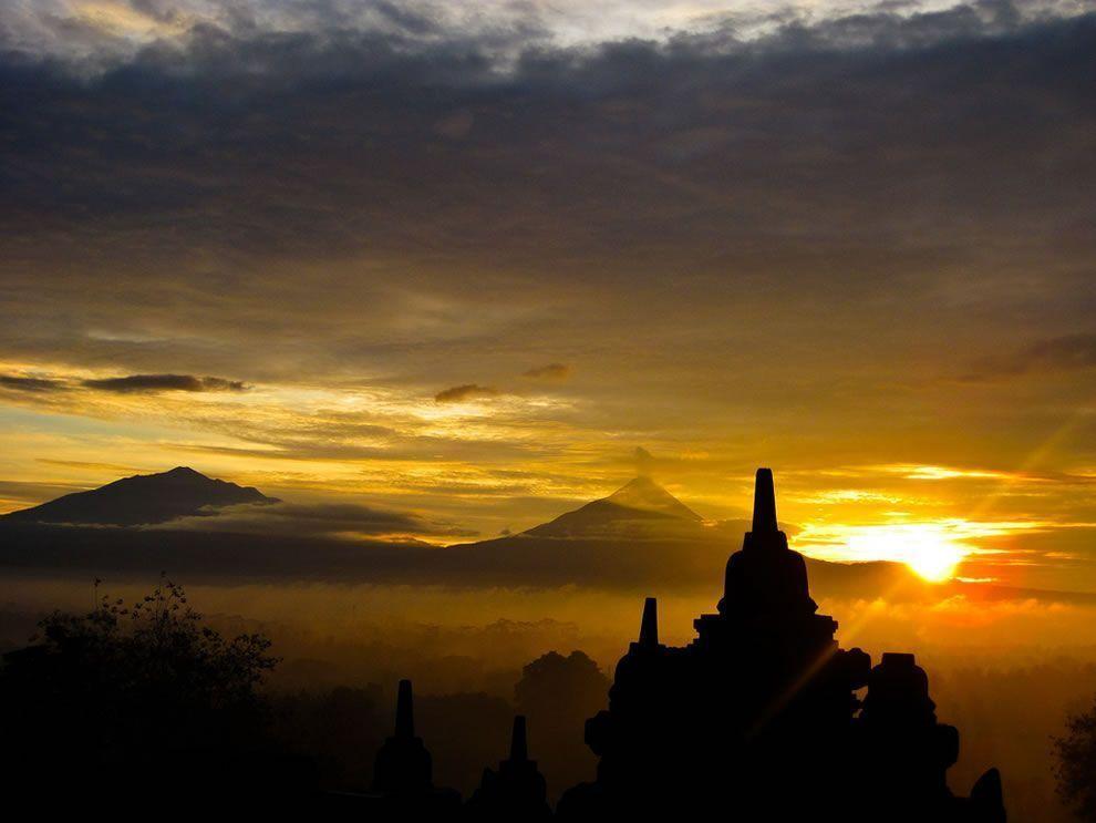 El-volcán-Merapi-en-Java-Indonesia