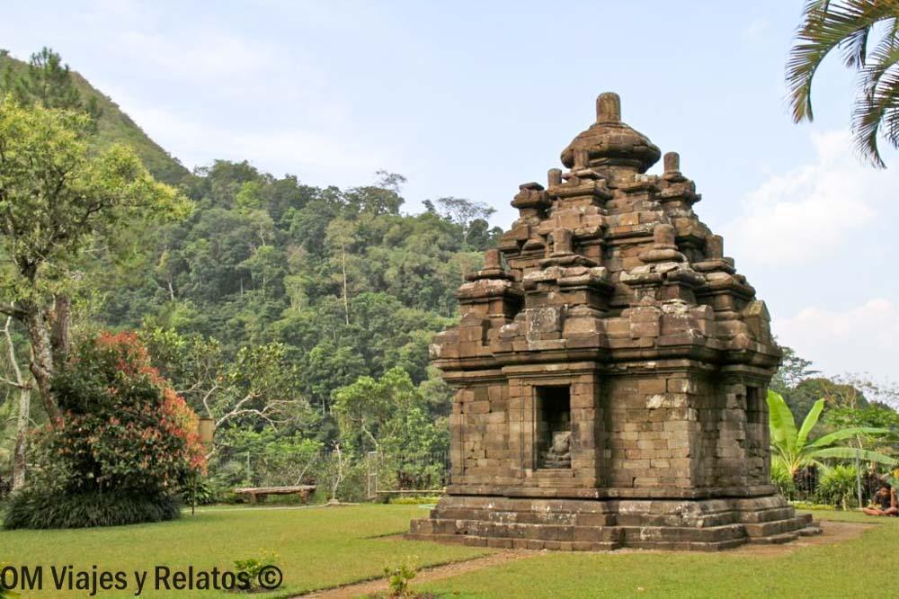 Templo-de-Selogriyo-Java