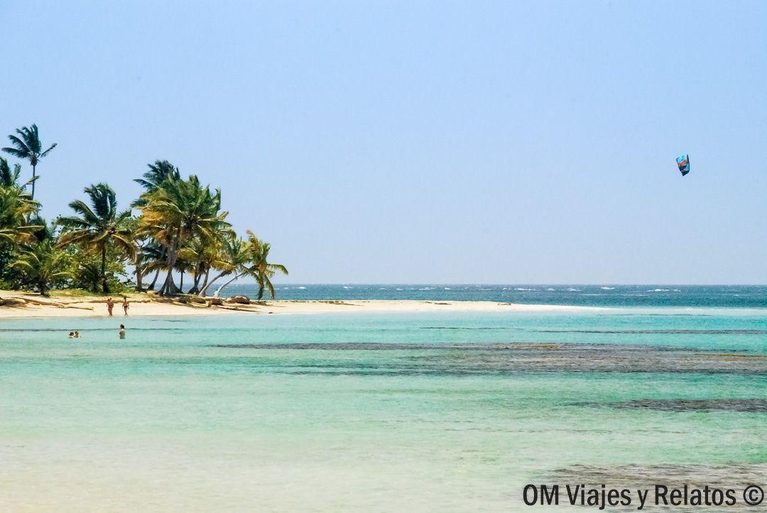 Las-playas-de-Samaná-playa-Portillo