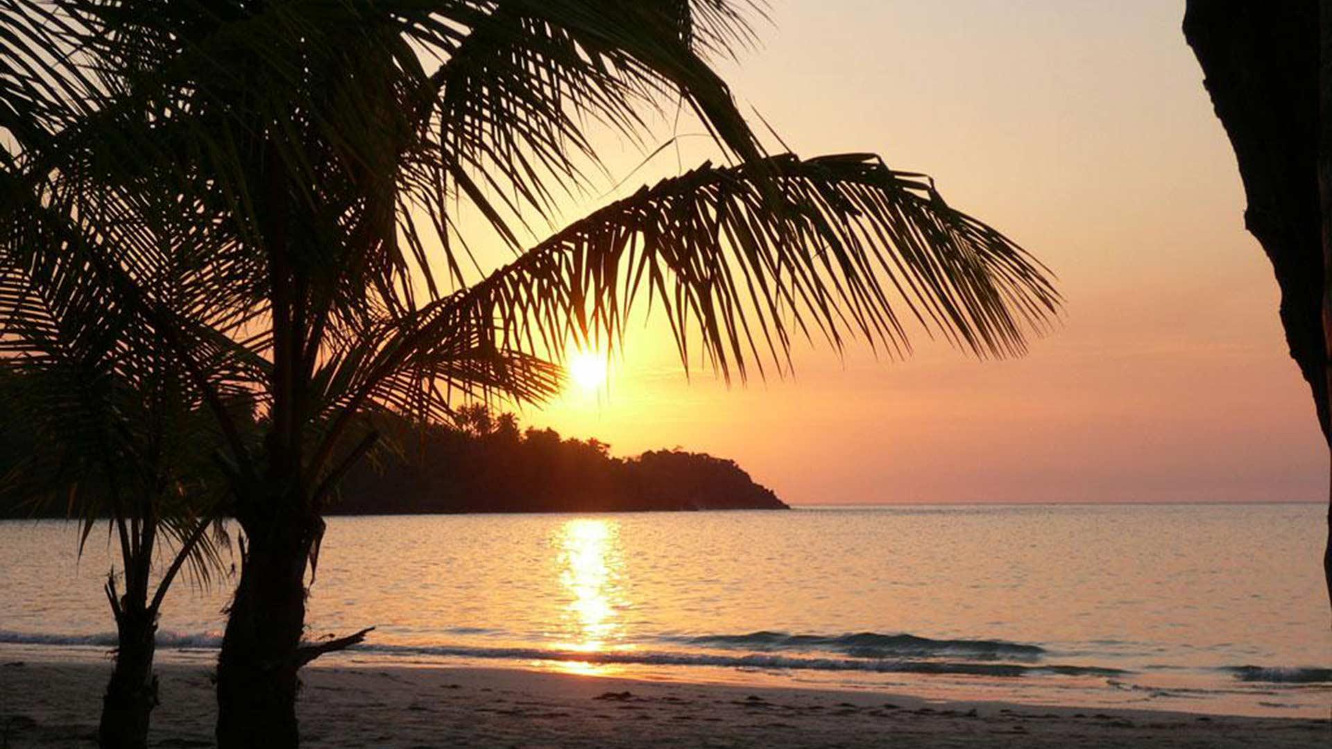 viajar-a-Samana-atardecer-playas-república-dominicana