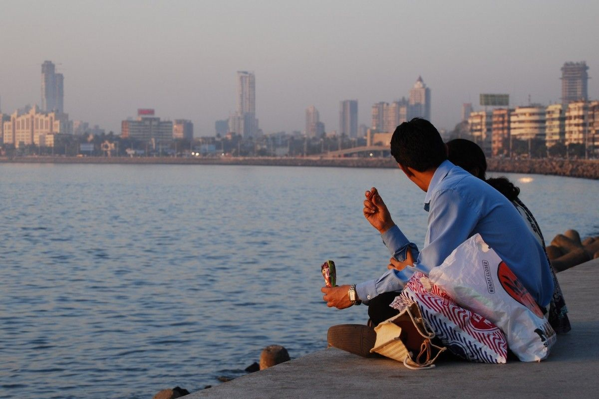 QUE-VISITAR-EN-BOMBAY-Marine-Drive-Bombay
