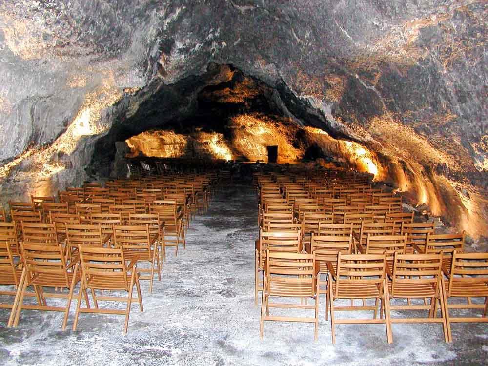 que-visitar-en-la-Cueva-de-Los-Verdes