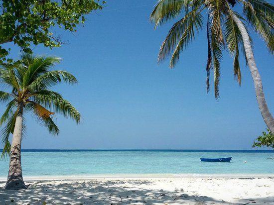 Gulhi-beach-Maldivas-low-cost