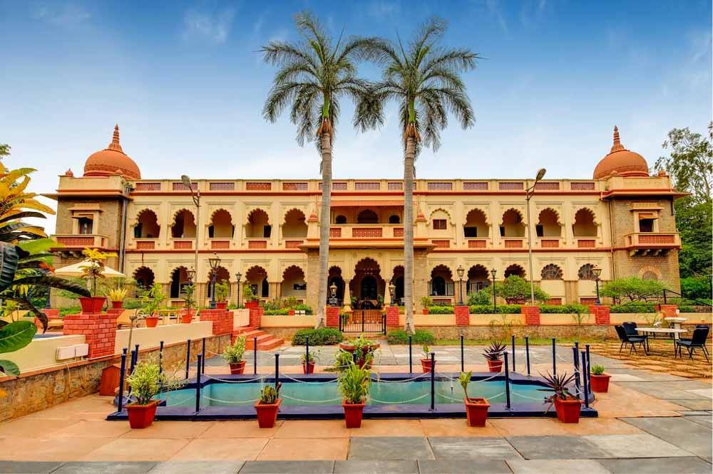 hoteles-de-lujo-en-Hampi-Shivavilas-Palace