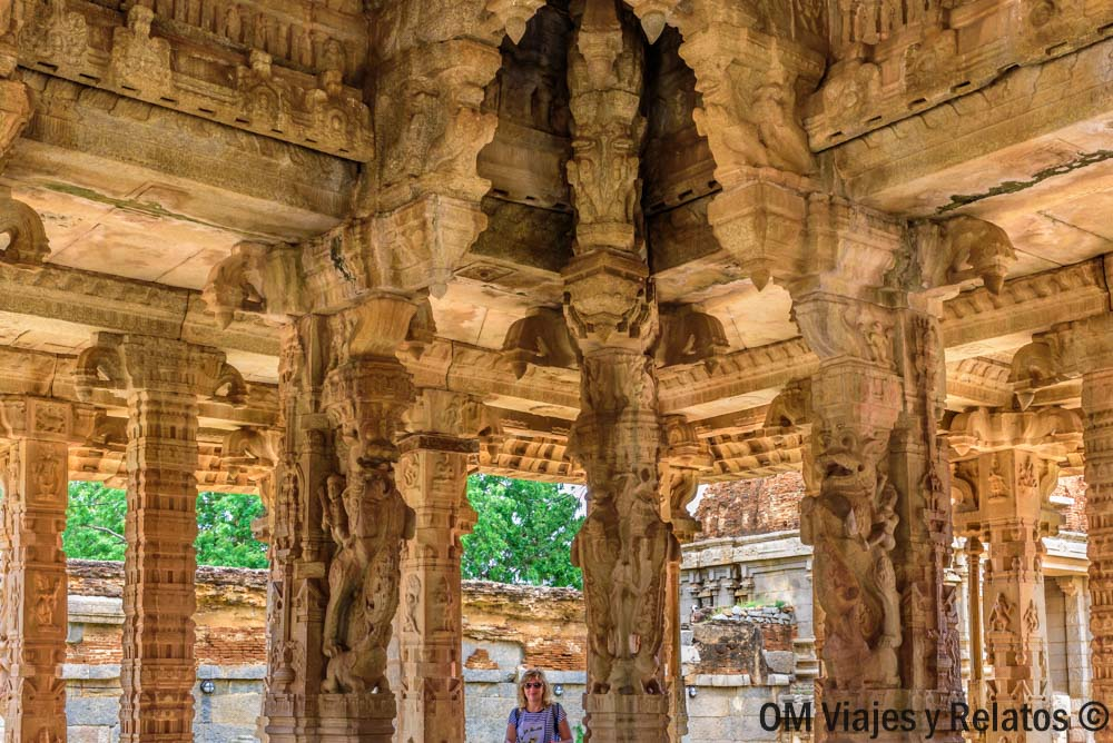 Templo-Vitala-Hampi-India-Sur