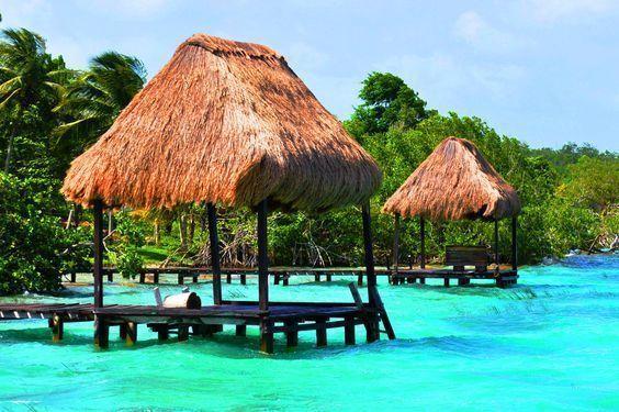 excursiones-Riviera-maya-laguna-Bacalar