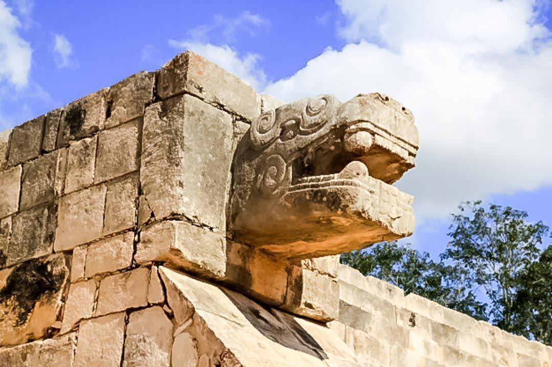 excursiones-Riviera-maya-pirámide