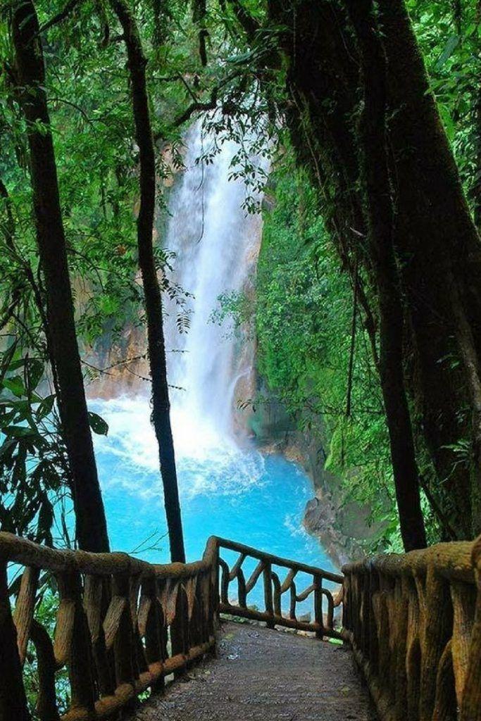 rio-Celeste-Costa-Rica