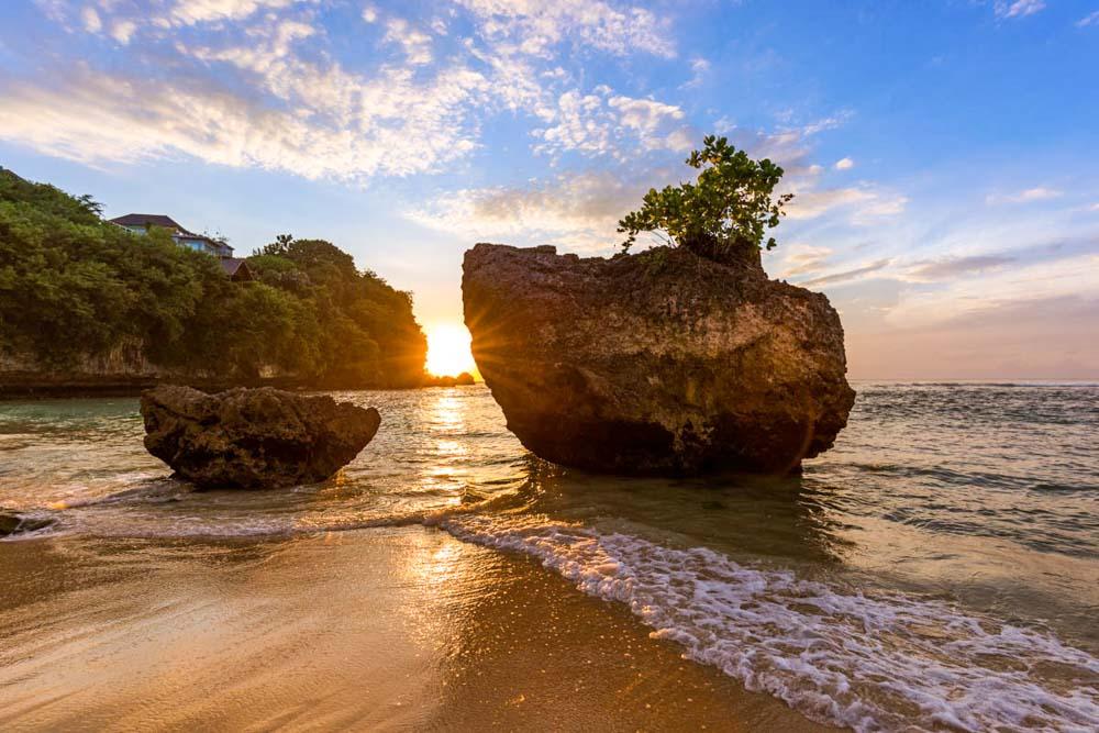 mejores-playas-de-Bali-Padang-Padang