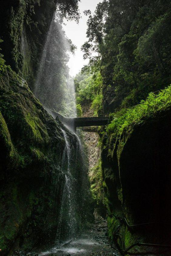 Cascadas-La-Palma