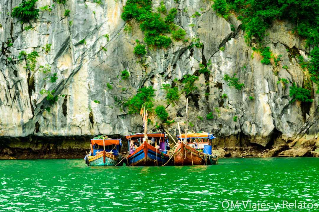 fishing-village-Cat-Ba-Vietnam