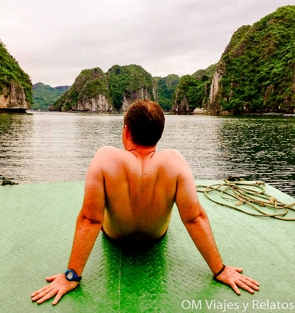 tour Halong Bay