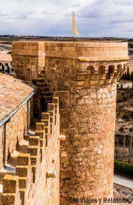 visitar-el-castillo-de-Belmonte-torres