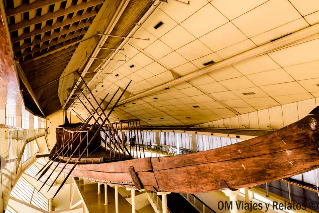 barca-solar-pirámides-Egipto