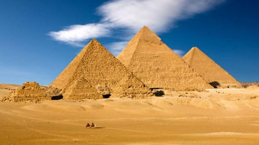 RUTA-POR-EGIPTO-LAS-PIRÁMIDES-DE-GIZA