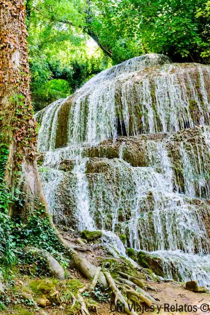 Cascada-de-la-Trinidad-visitar-Monasterio-de-Piedra