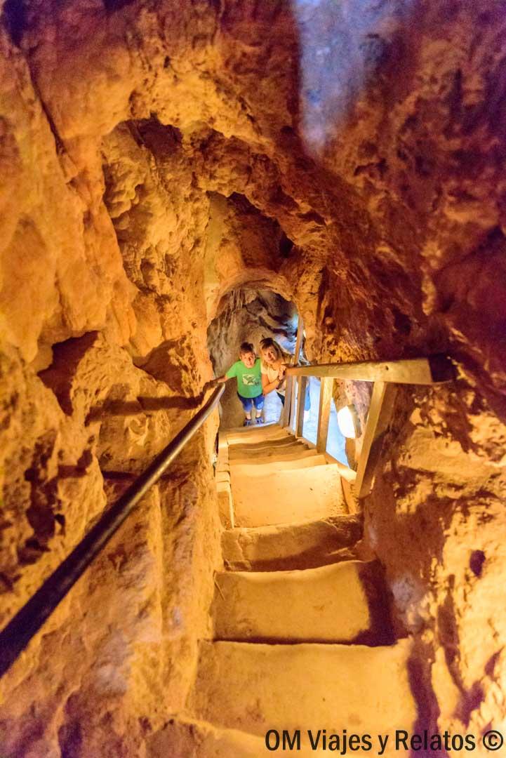 visitar-el-Monasterio-Piedra-con-niños