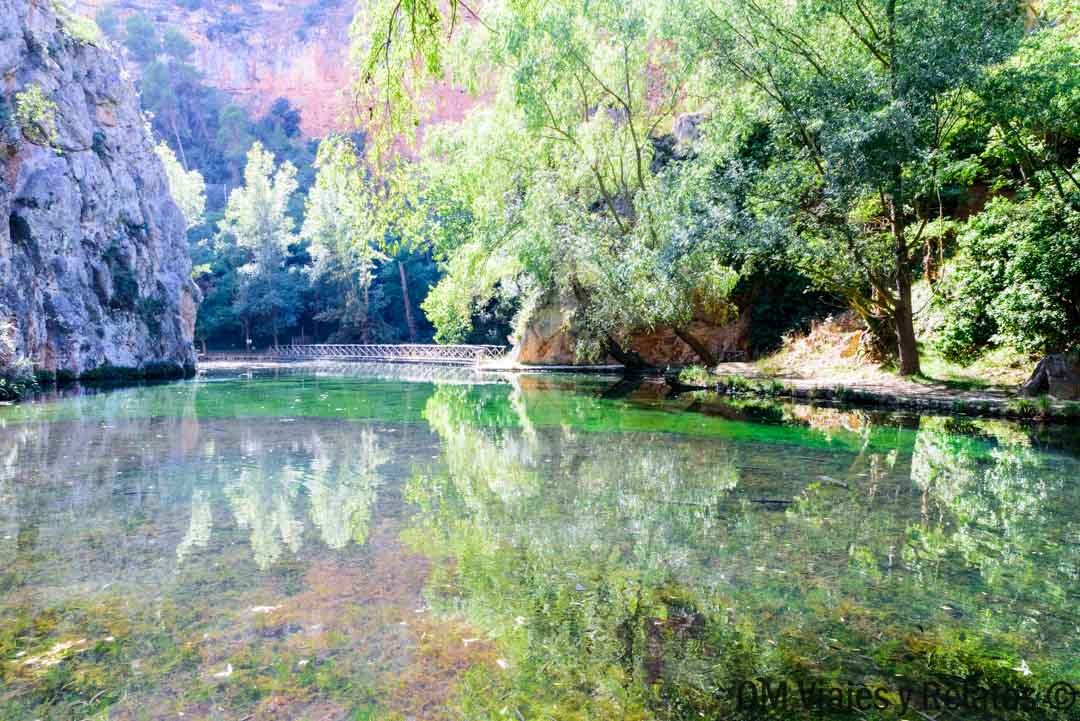 visitar-monasterio-Piedra-Lago-del-Espejo