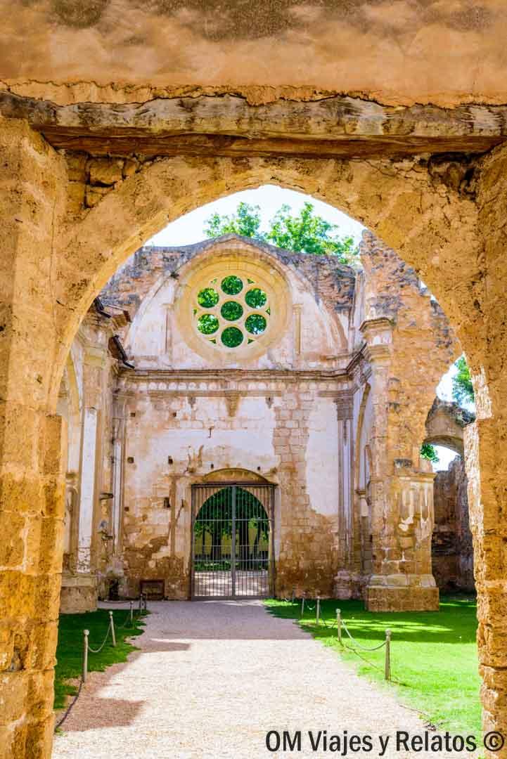 Monasterio-Cisterciense-Monasterio-Piedra