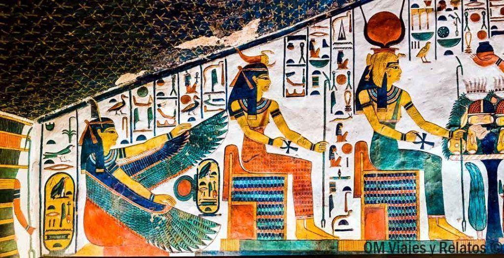 visitar-el-interior de-la-Tumba-de-Nefertari