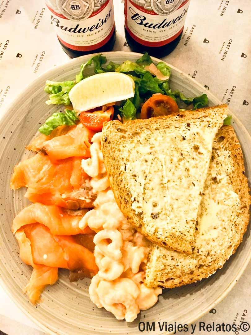 salmón-Gales