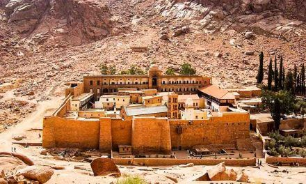 VISITA AL MONASTERIO DE SANTA CATALINA DEL SINAÍ EN EGIPTO