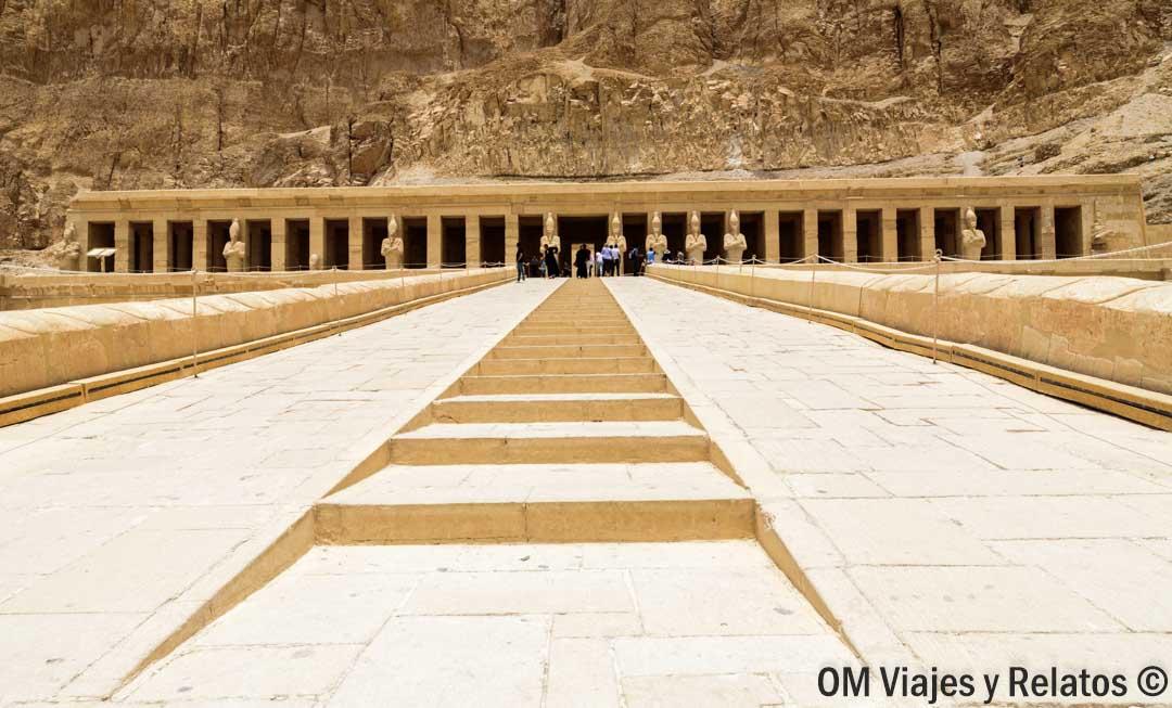 HATSHEPSUT-reina-faraona-egipto