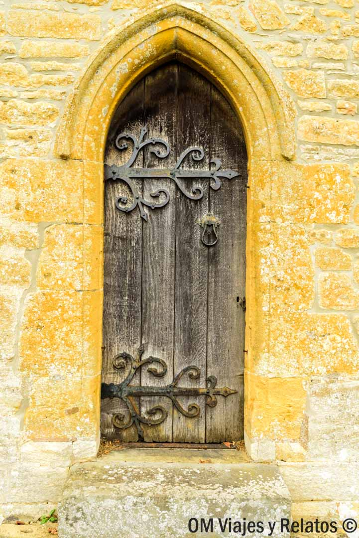 campiña-inglesa-iglesias