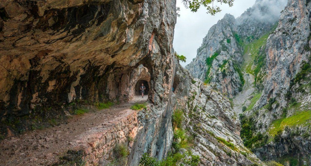 La Ruta Del Cares Desde Caín Hasta Poncebos En Los Picos De Europa