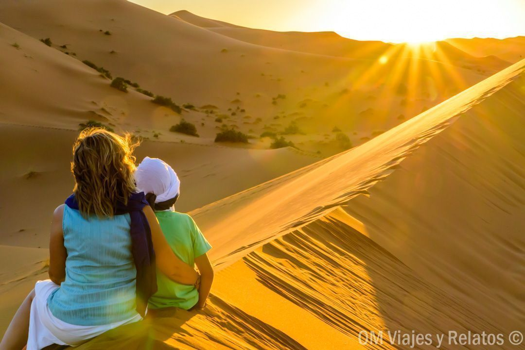 viajar-a-Marruecos-atardecer-desierto