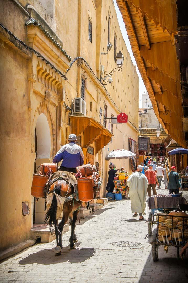 alquilar-coche-en-Marruecos-conducir-por-Marruecos