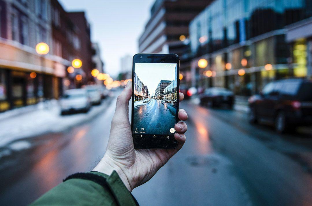conectado a internet en los viajes
