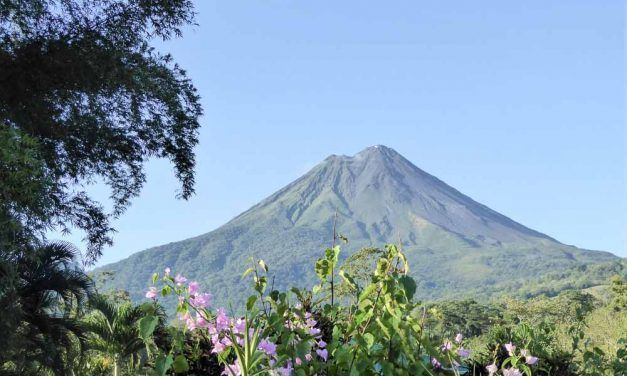 CÓMO VISITAR EL VOLCÁN ARENAL EN COSTA RICA: CONSEJOS Y RUTAS
