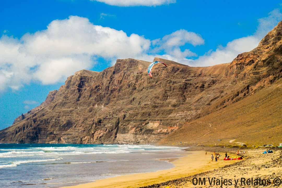 las-mejores-playas-de-Canarias-Famara