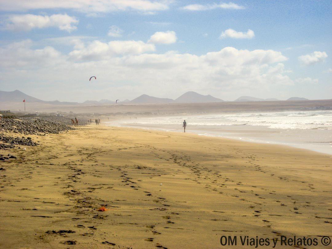 las-mejores-playas-Lanzarote-Canarias