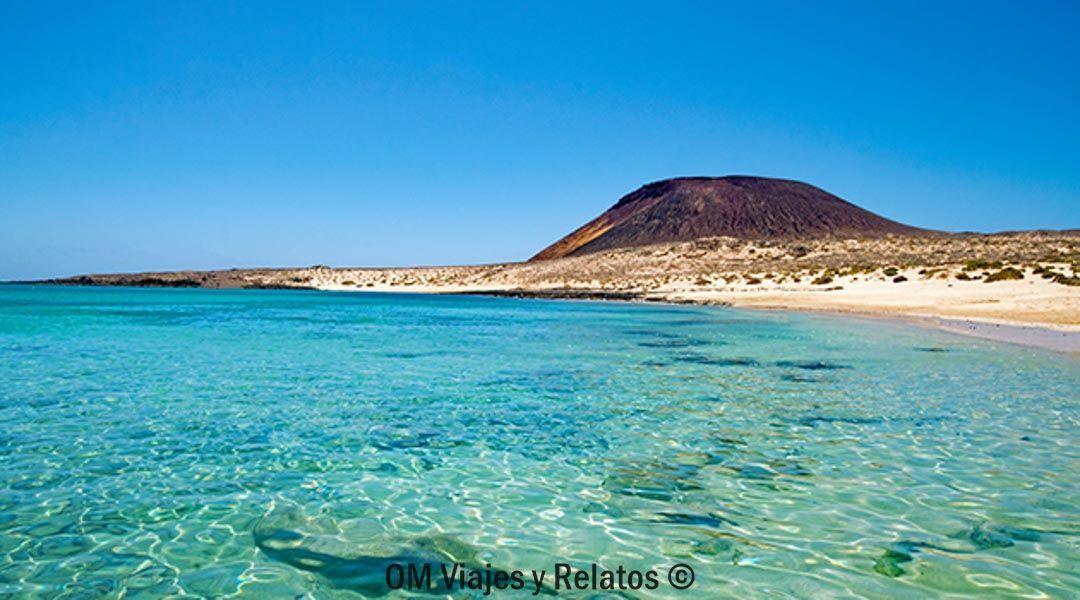 las-mejores-playas-de-Lanzarote-Canarias