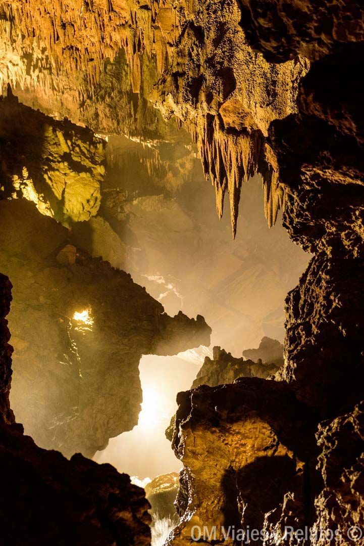 rutas-en-Castilla-y-León-Cueva-de-Valporquero