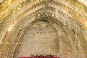 visitar-el-Castillo-de-Olite-Sala-de-Los-Arcos
